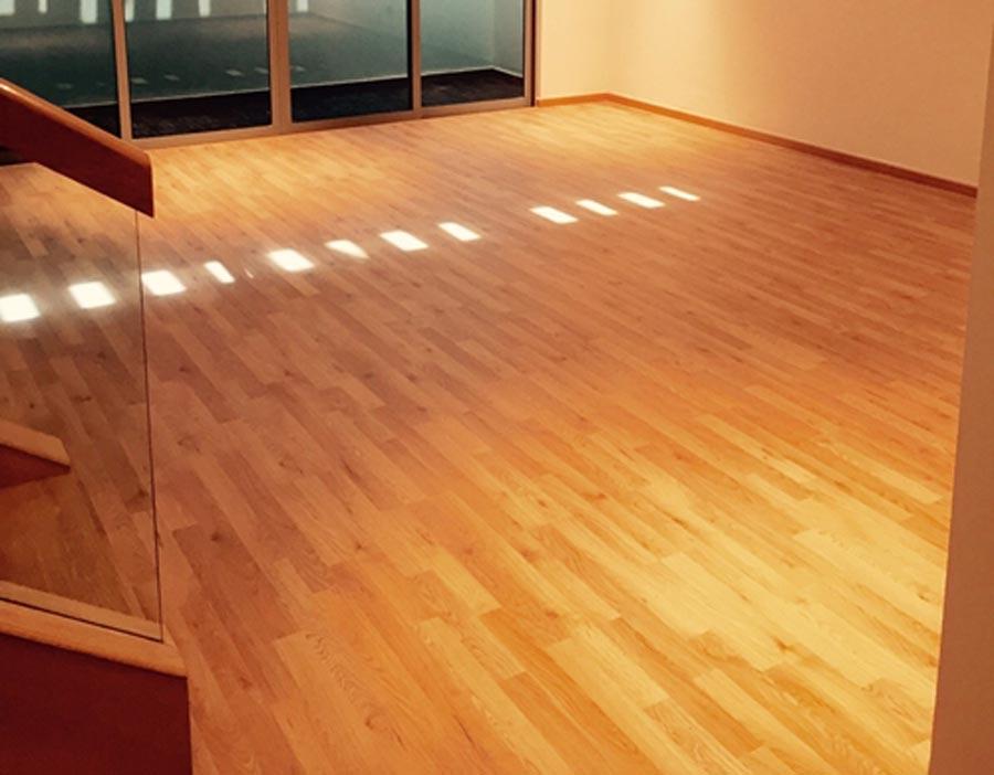Understanding Laminate Flooring The Floor Gallery - How hard is it to lay laminate flooring
