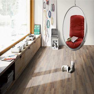 advantages vinyl flooring