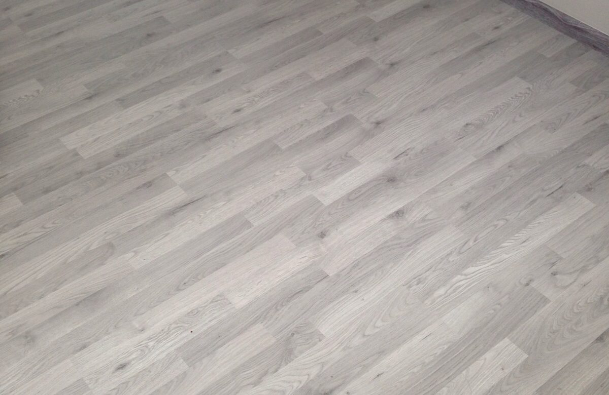 If Youre Looking To Give Your Bedroom That Ultimate Touch Of Elegance And Sophistication Then Laminate Flooring Is The Most Appropriate For Installation