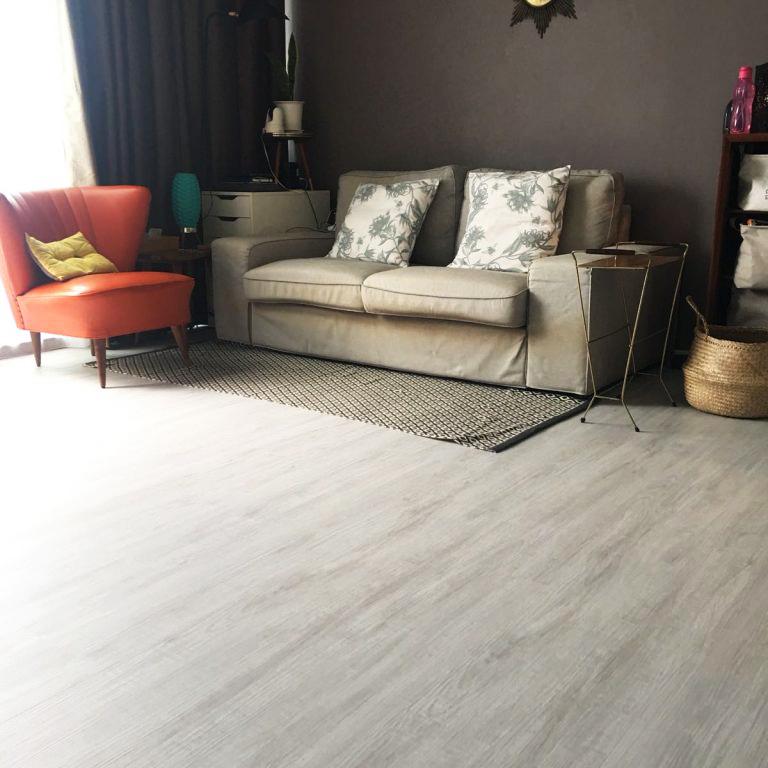 vinyl flooring disadvantage