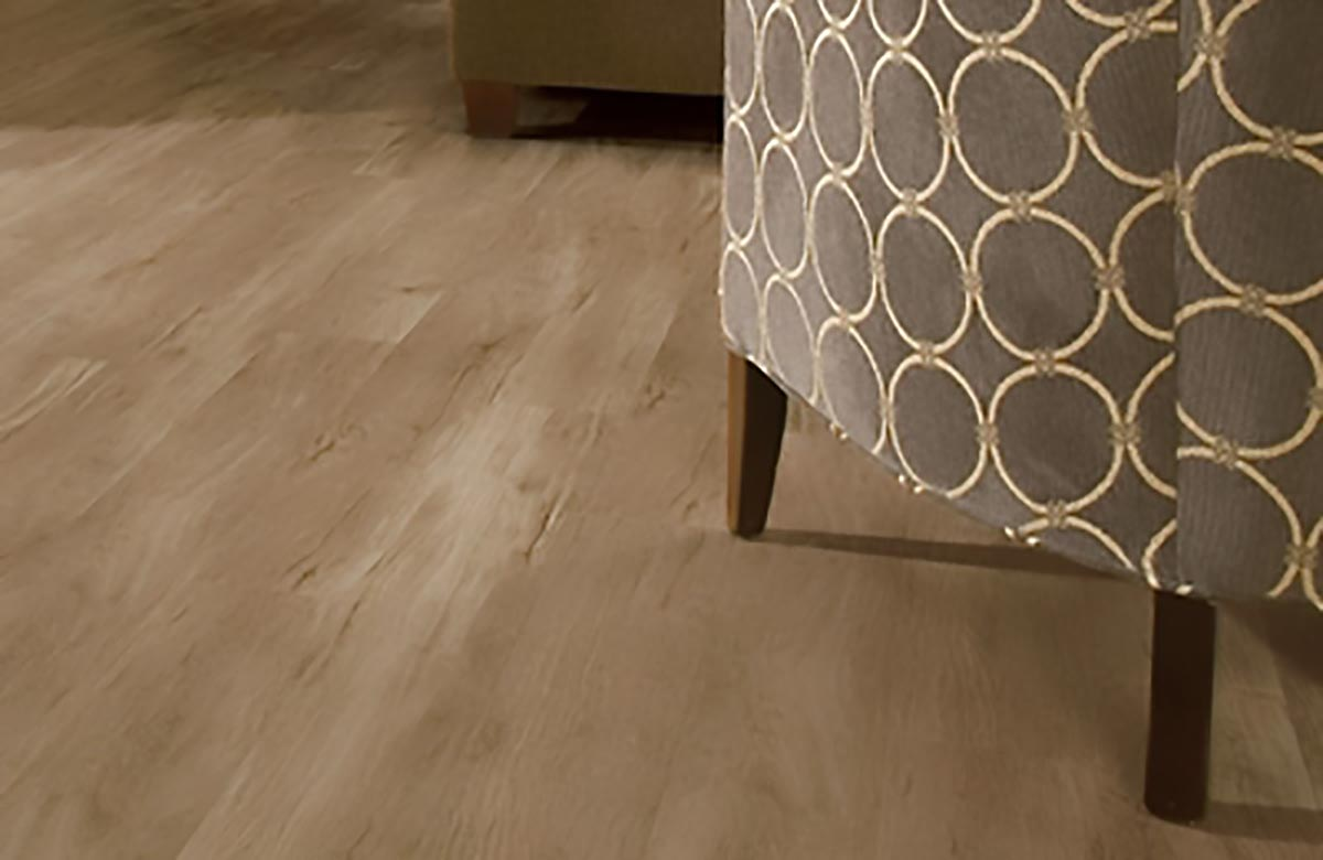Homogeneous Tiles Vs Vinyl Flooring What S The Difference