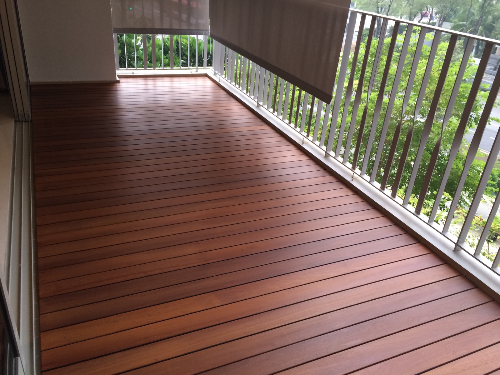Balcony decking in singapore how to pick the best material for Composite flooring for decks