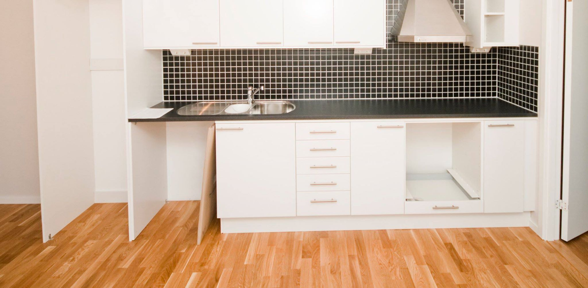 Top Kitchen Flooring Options In Singapore